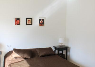 B03 - Soveværelse 1 med dobbeltseng.