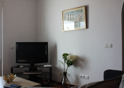 B08 - TV og wifi