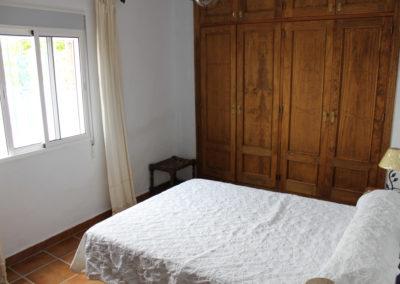 G04 - Soveværelse med dobbeltseng.