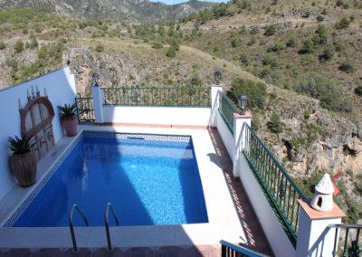 B01 - Lækker privat pool.