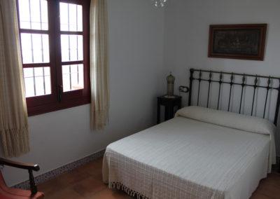 G09 - Soveværelse med dobbeltseng.