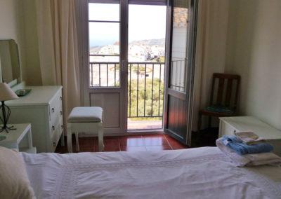 B02 - Bedroom