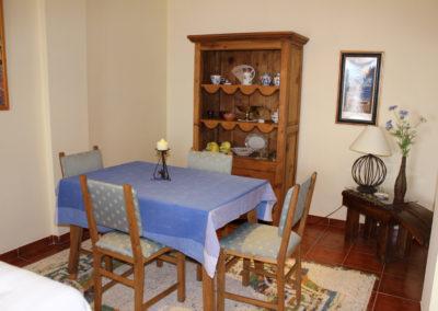 B02 - Dining area