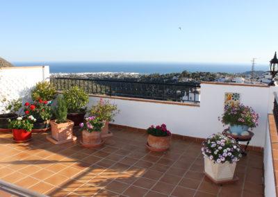 B09 - Skøn terrasse med udsigt.