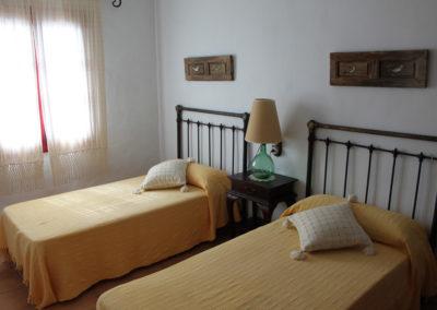G09 - Soveværelse med 2 enkeltsenge.