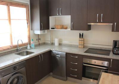 B03 - Dejligt veludstyret køkken.