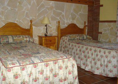 G08 - Soveværelse med to enkeltsenge.