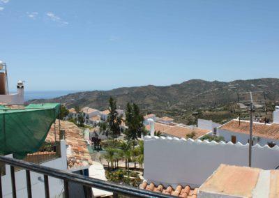 B07 - Udsigt fra terrassen.