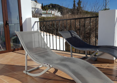R13 -  Tid til afslapning på terrassen.