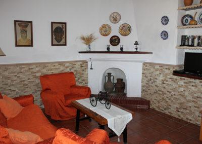 G38 - Living room.