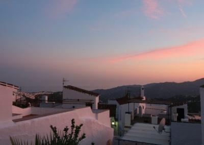 R11 - Solnedgang fra terrassen.