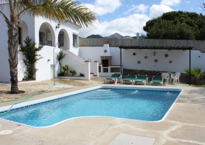 G37 - Dejlig have og pool.
