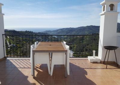 R13 - Fantastisk udsigt fra terrassen.