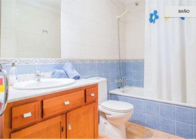 R09 - Badeværelse med kar.