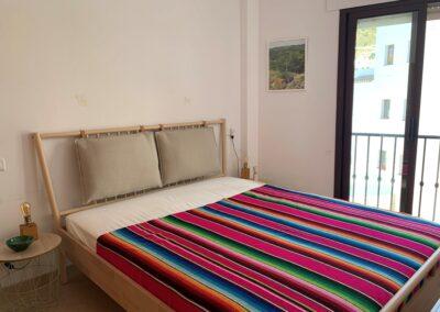 R14 - Soveværelse med dobbeltseng.