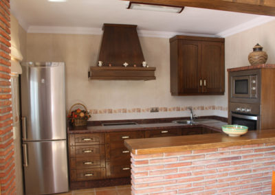 G47 - Well kept kitchen.