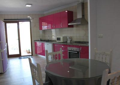R33 - Køkken og stue.