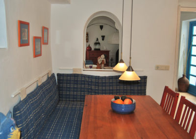 R02 - Spiseplads i køkkenet.