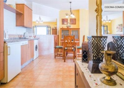 R09 - Køkken og hall.