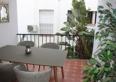 R15 - Privat terrasse.