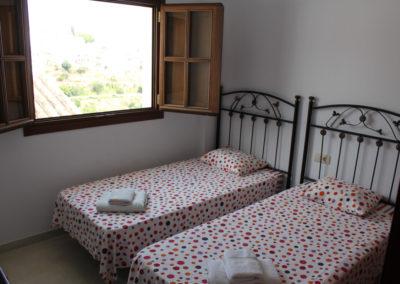 R23 - Soveværelse med 2 enkeltsenge