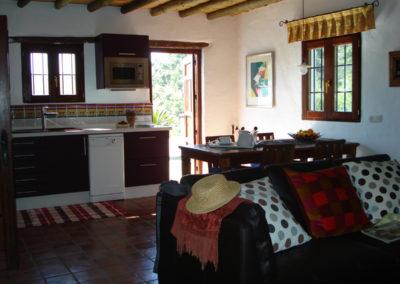 G30 - Køkken set fra stuen.