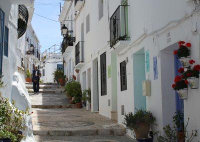 R06 - Gaden Calle Alta.