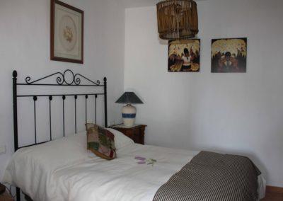 R30 - Soveværelse med dobbeltseng