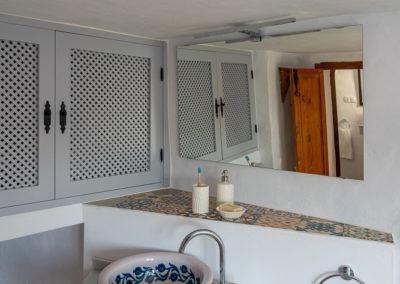 R05 - Badeværelse nede.