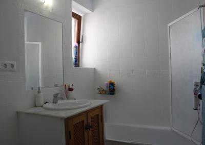 R37 - Badeværelse med kar.