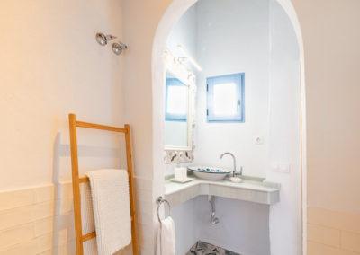 R05 - Badeværelse oppe.