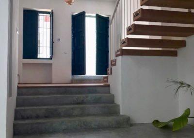 R38 - Indgang og hall.