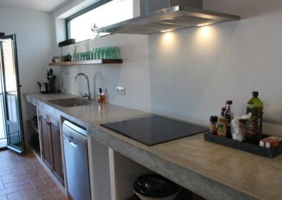 R38 - Lækkert køkken med god bordplads.