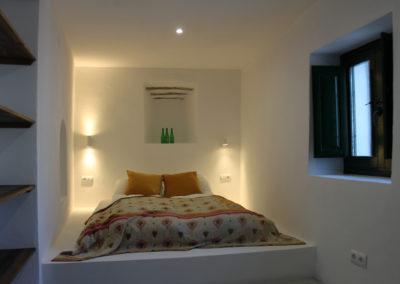 R38 - Soveværelse 2 med dobbeltseng.