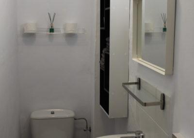 R37 - Toilet
