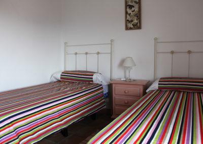 G34 - Soveværelse 1 med 2 enkeltsenge.
