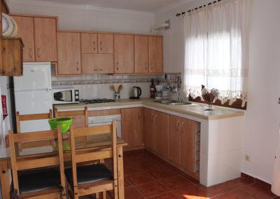 G34 - Køkken og spisestue.