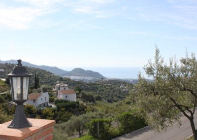 G49 - Flot udsigt mod Frigiliana og Middelhavet.