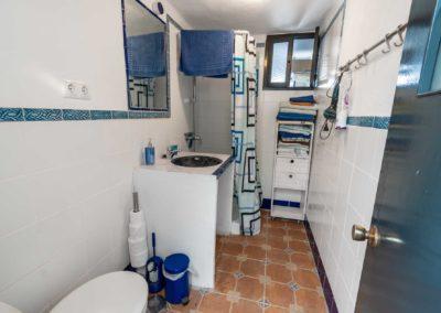 R10 - Badeværelset.