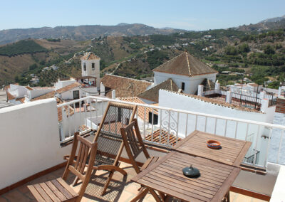 R361 - Lovely roof terrace.