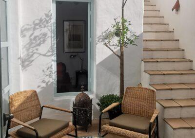 R04 - Dejlig patio direkte fra køkkenet.