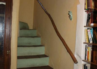 G362 - interior stairs.