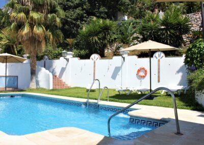 R364 - Communal pool