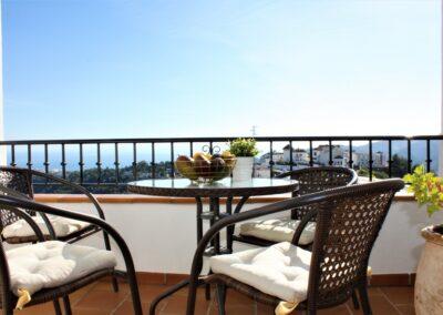 B08 - terrasse med flot udsigt.