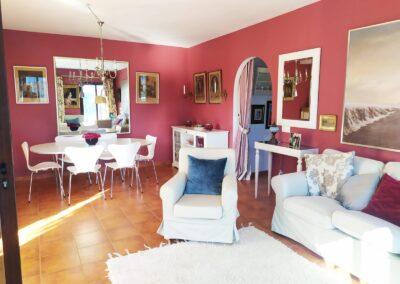 R364 - Living room