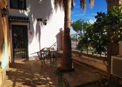 R364 - Private terrace and garden.