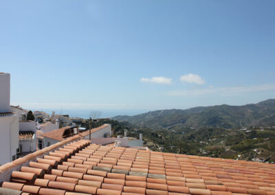B333 - Terrace and views.