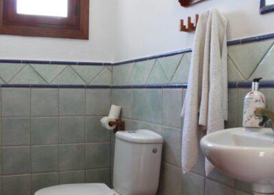 G366 - toilet