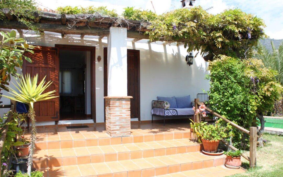 G366- Casa Romantica