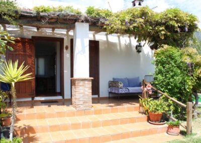 G366 - Huset og terrasse